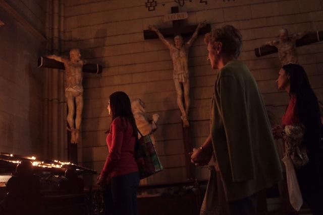 Los lugares de fe despiertan en mí extrañezas y contradicciones. Más aún cuando estos se levantan en territorios donde no hace mucho se disputaban contiendas exacerbadas por nacionalismos religiosos. Catedral de Zagreb, Septiembre de 2015.